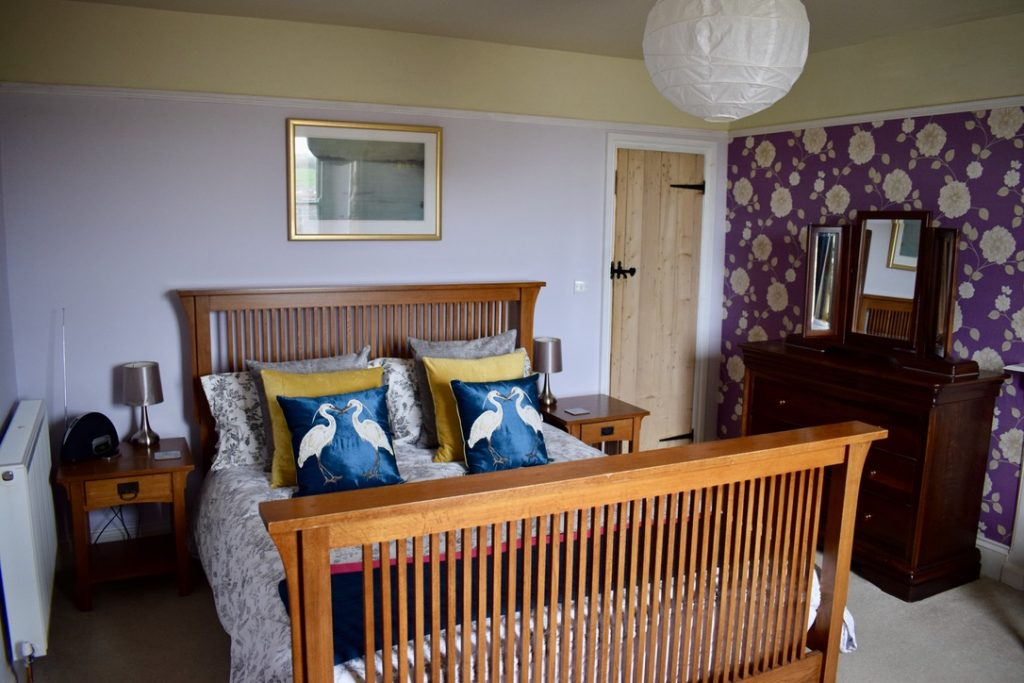 The Gables King bedroom